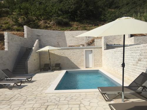 Villa Pag - Pool