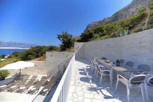 Villa Pag - Terasse mit Meerblick